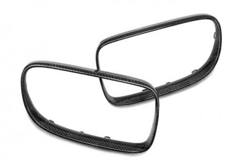 2007-2010年宝马E92 3系双门的碳纤维中网