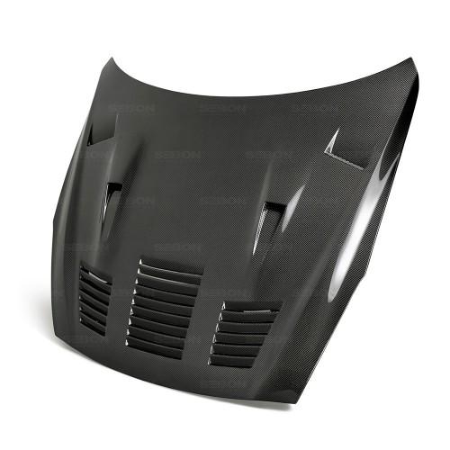 2017-2018年日产GT-R的GTII款式碳纤维发动机盖