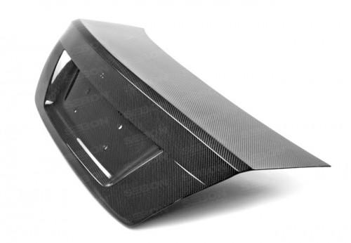2012-2015年奔驰C级 / C63 AMG双门的碳纤维后备箱